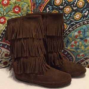 Minnetonka Brown Leather Fringe Moccasins - Sz 10